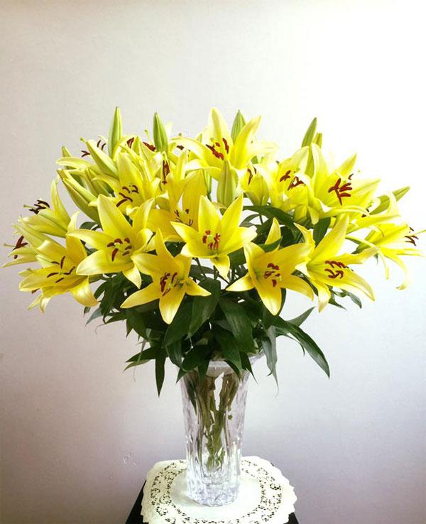 chia sẻ cách giữ hoa ly tươi lâu ngày tết